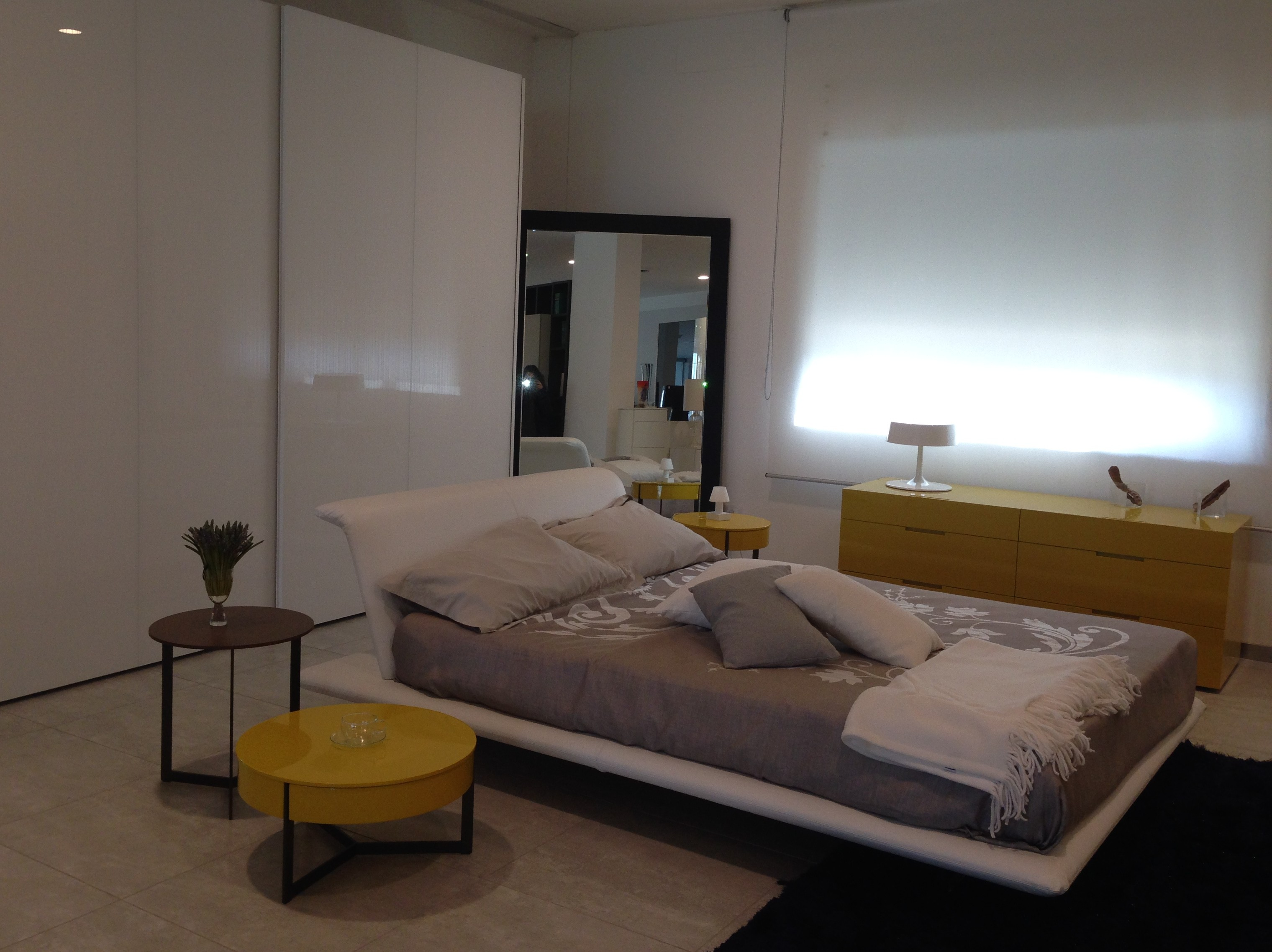 Living design di salvatore gulotta arredamento camere for Camere di design